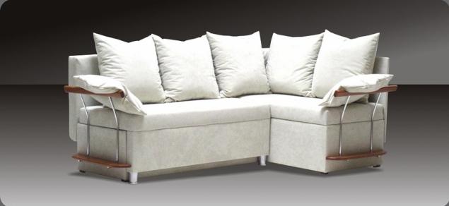 Вижте тук колко стилни и елегантни могат да бъдат кухненски дивани и ъгли